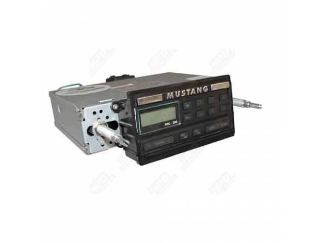 AM / FM RADIO 18 WATTS