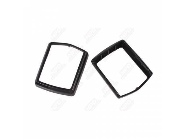 BEZELS Belt Buckle black pair