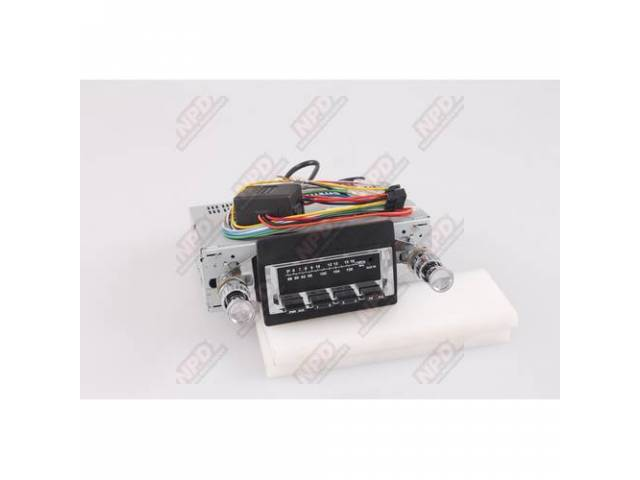 Radio Am/Fm W/ Front Auxiliary Input For Ipod