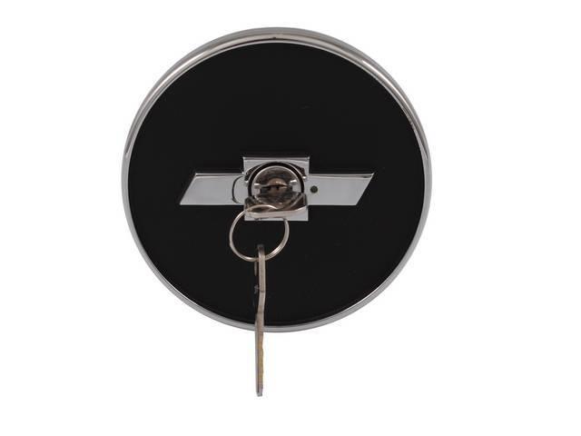 Cap Gas Bowtie Locking Black W/ Chrome Finish