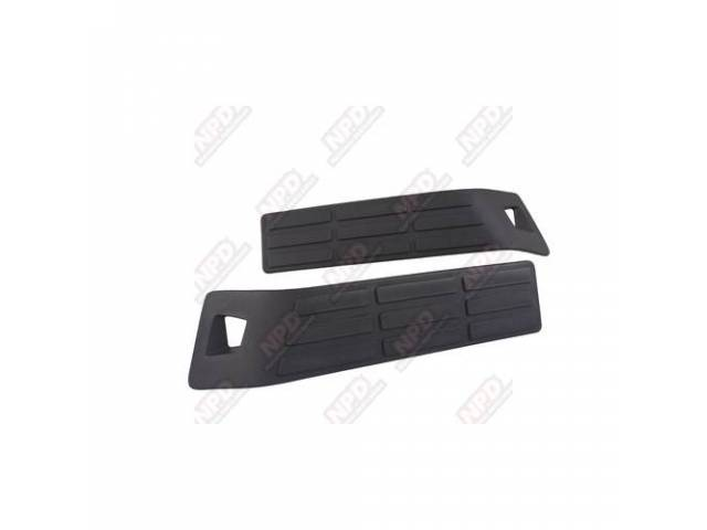STEP BUMPER PADS / RH LH PAIR FOR