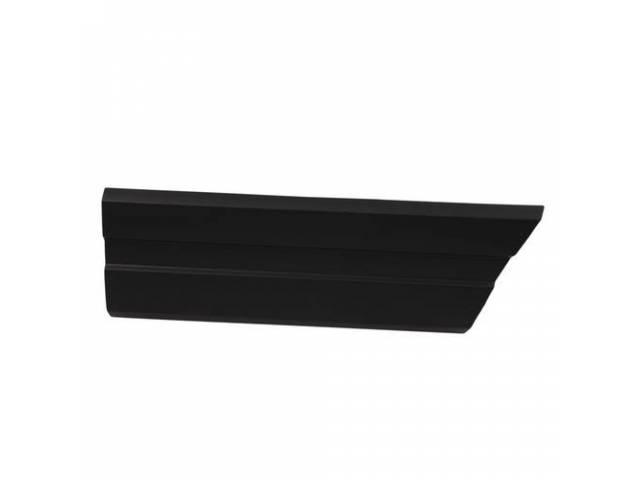Molding Fender Front Lh Black W/O Pin Stripe