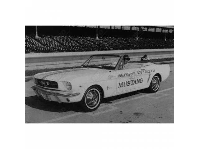CLASSIC PHOTO 1965 CONVERTIBLE PACE CAR AT INDY
