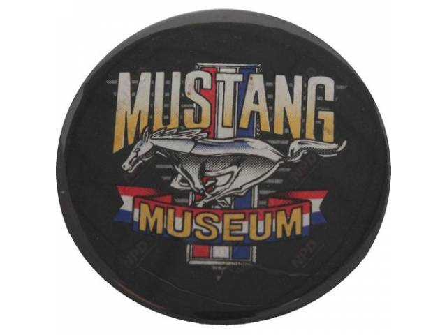 MUSTANG MUSEUM PIN AND DECAL