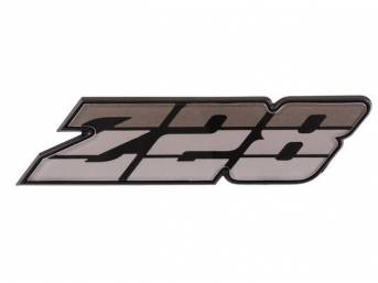 Emblem Grille Z/28 Charcoal Tri-Tone Incl Retainer Us-Made