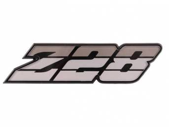 Emblem Grille Z/28 Silver Tri-Tone Incl Retainer Us-Made