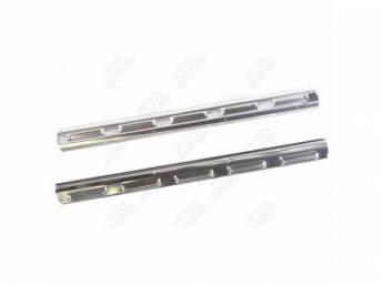 Molding Set Scuff Plate / Door Sill W/
